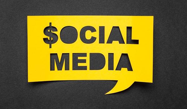 sacar dinero en redes sociales